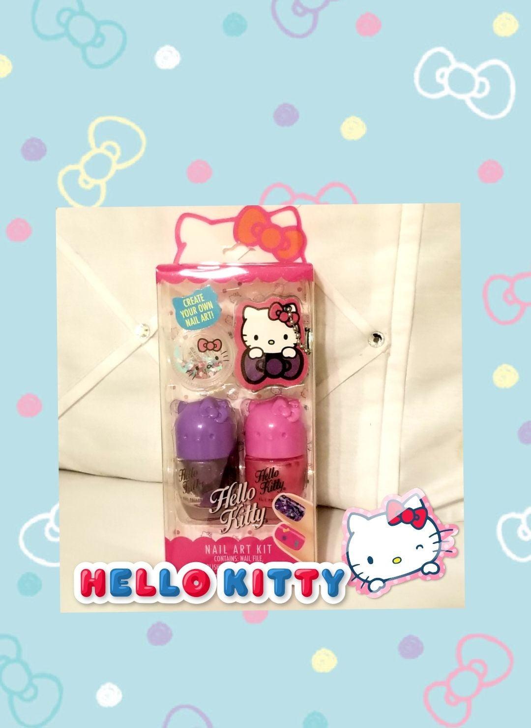 NWT Hello Kitty Nail Art Kit