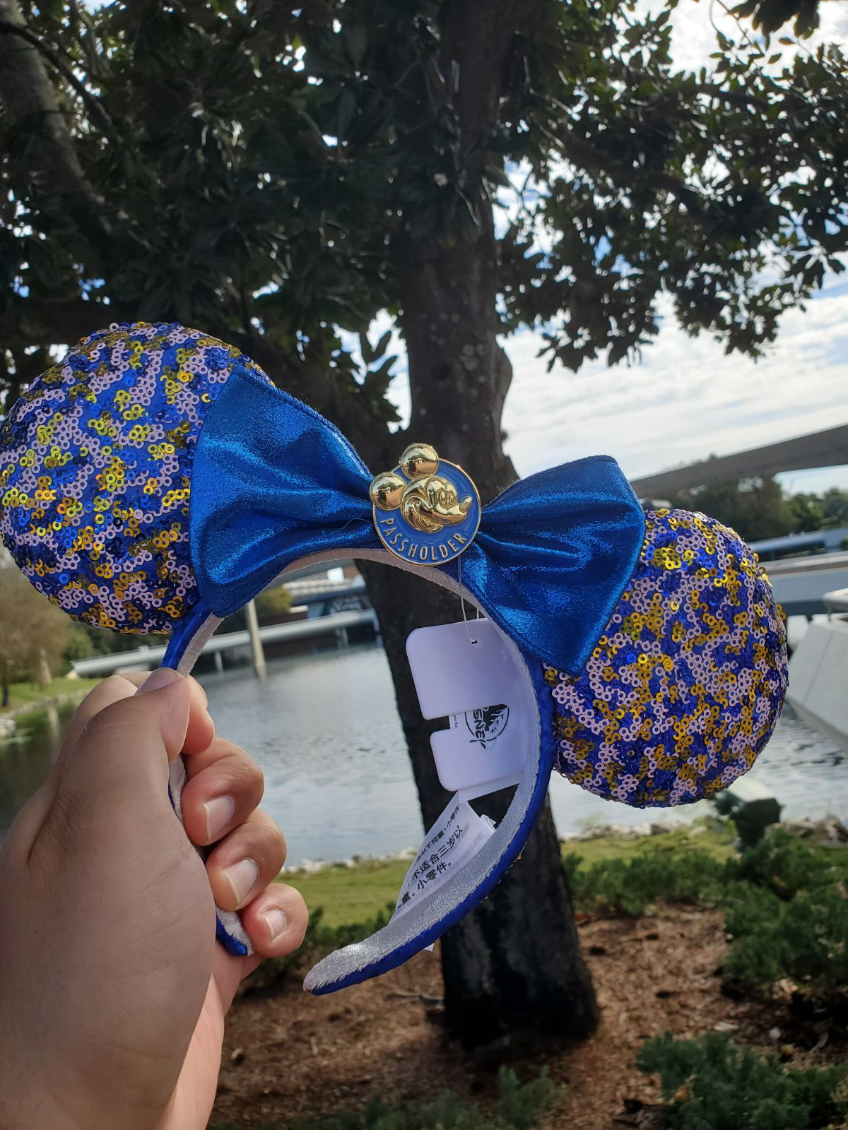 WDW AP Passholder Minnie Mouse Ears NWT