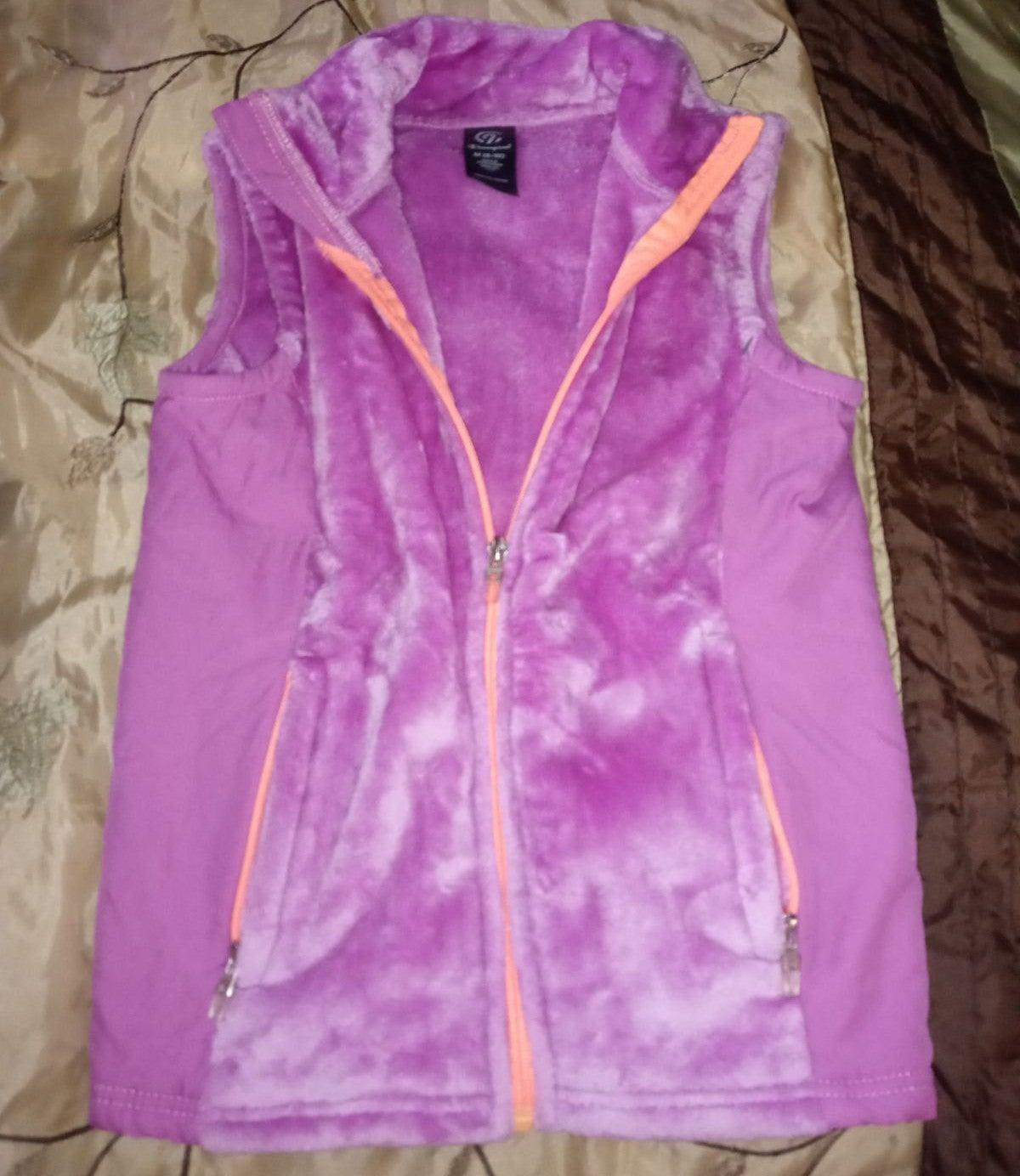 Women's Champion vest medium (8/10)