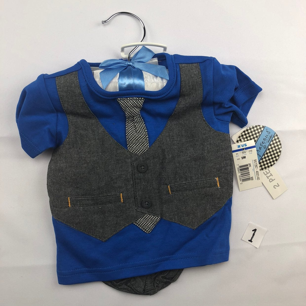 Boys two piece new 9m