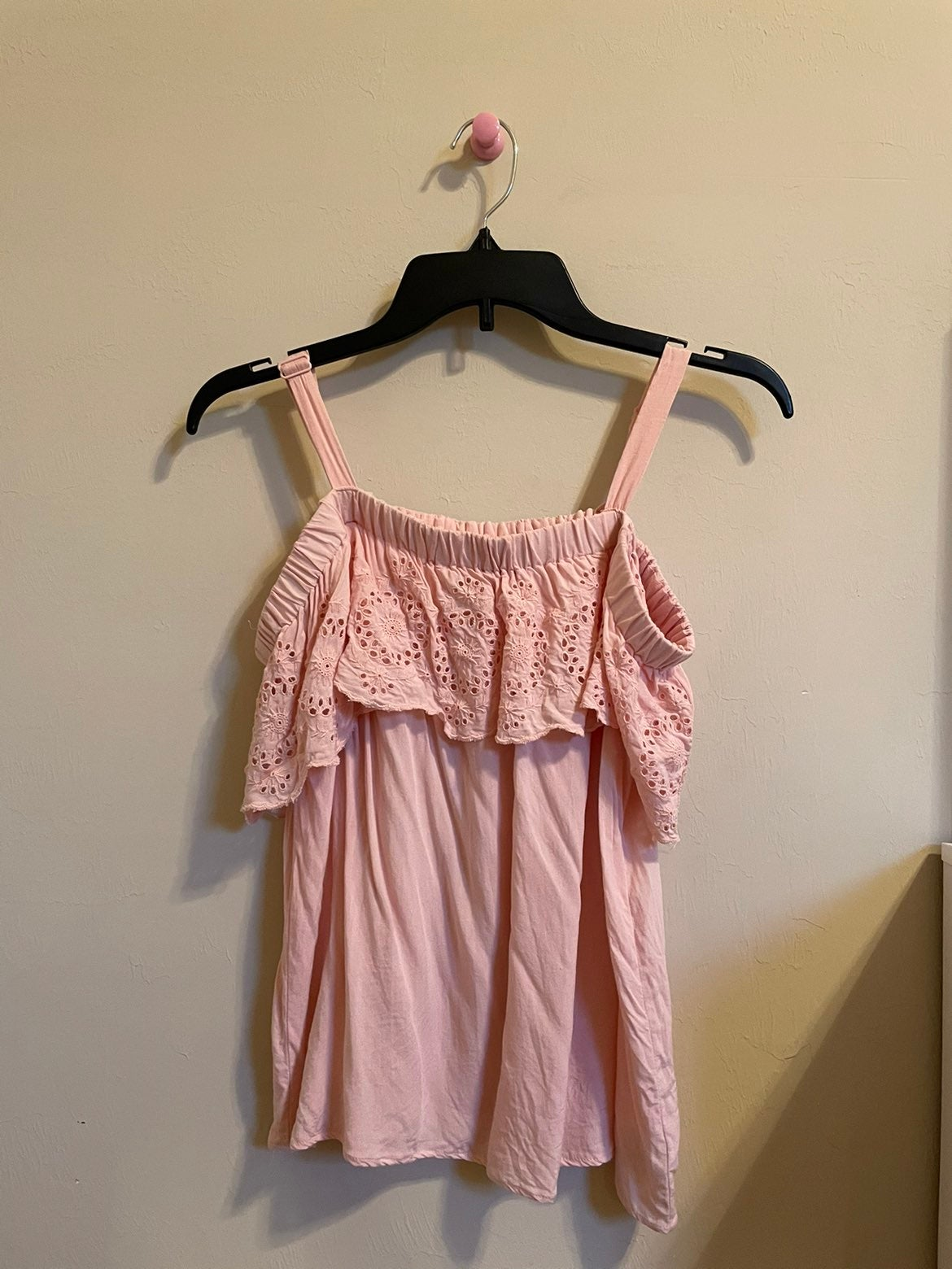 Jessica simpson off the shoulder pink to