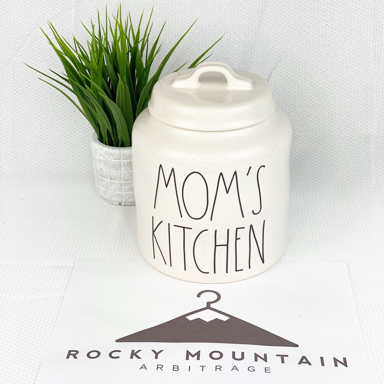 Rae Dunn Moms Kitchen Canister FREE SHIP