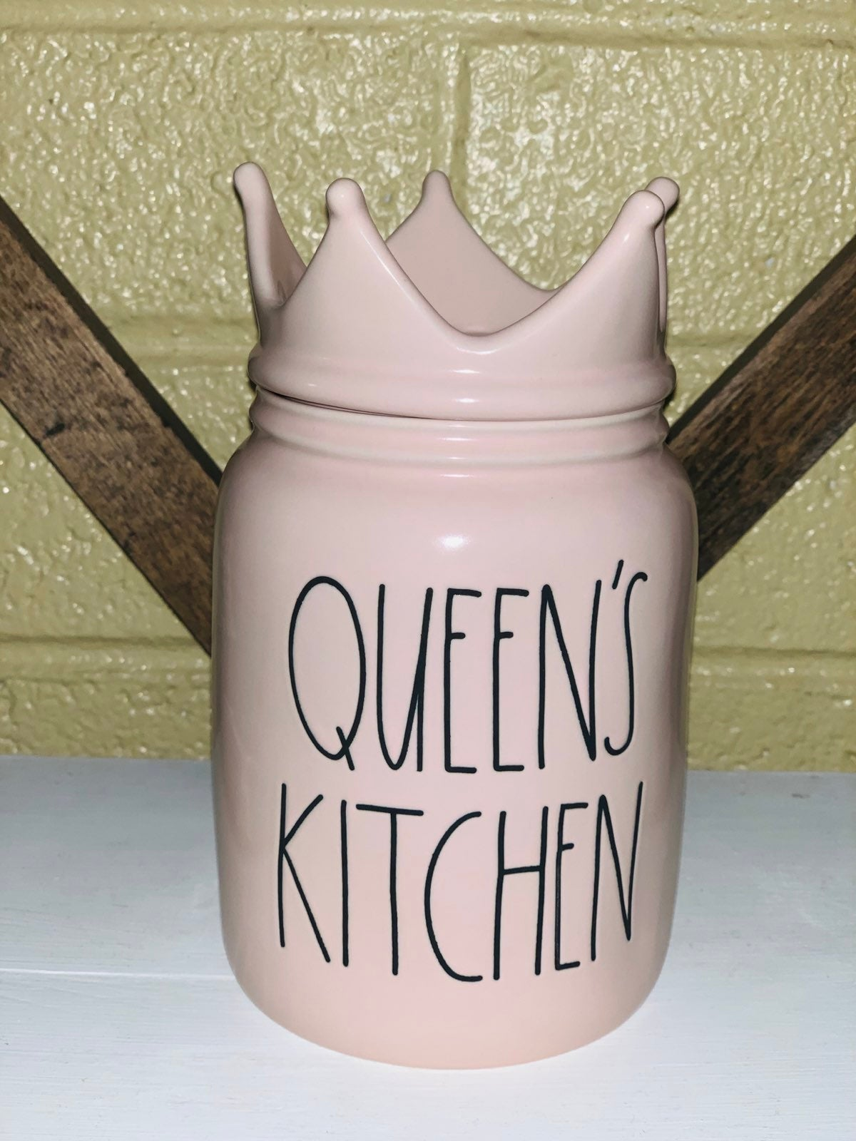 New hard to find rae dunn queens kitchen