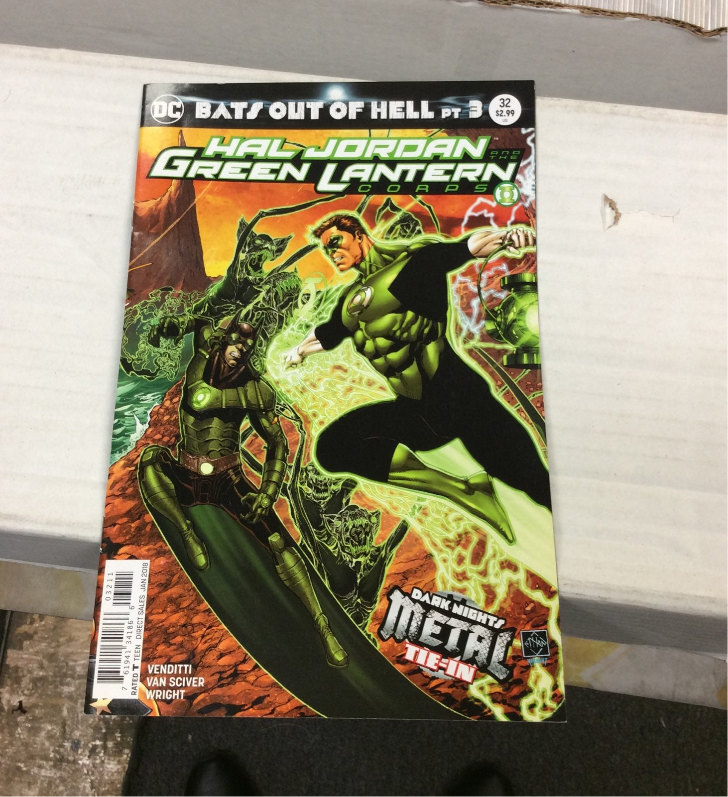 Hal Jordan & the Green Lantern Corps #32