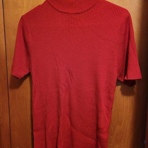 Red short sleeve mock turtleneck sweater