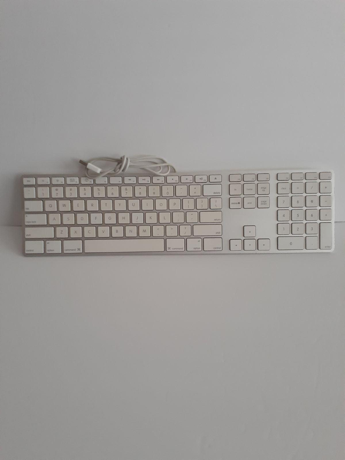 Apple Wired USB Keyboard A1243