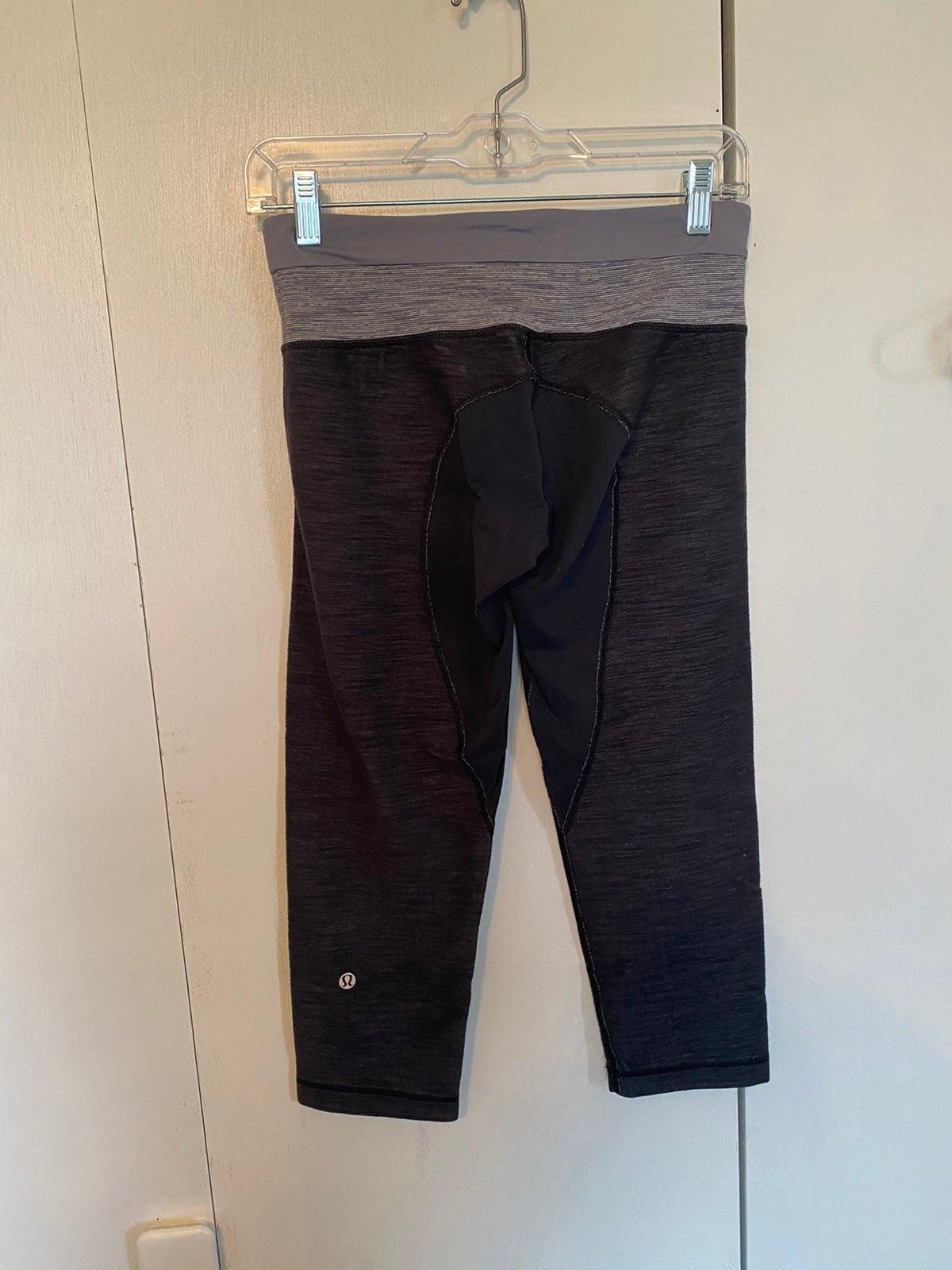 lululemon athletica crop pants