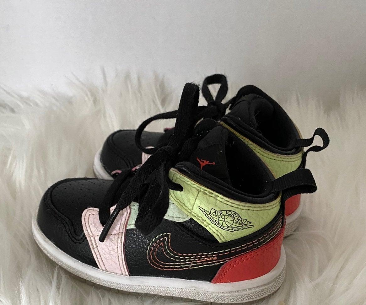 Toddler Nike Air Jordan Sneakers Size 5c