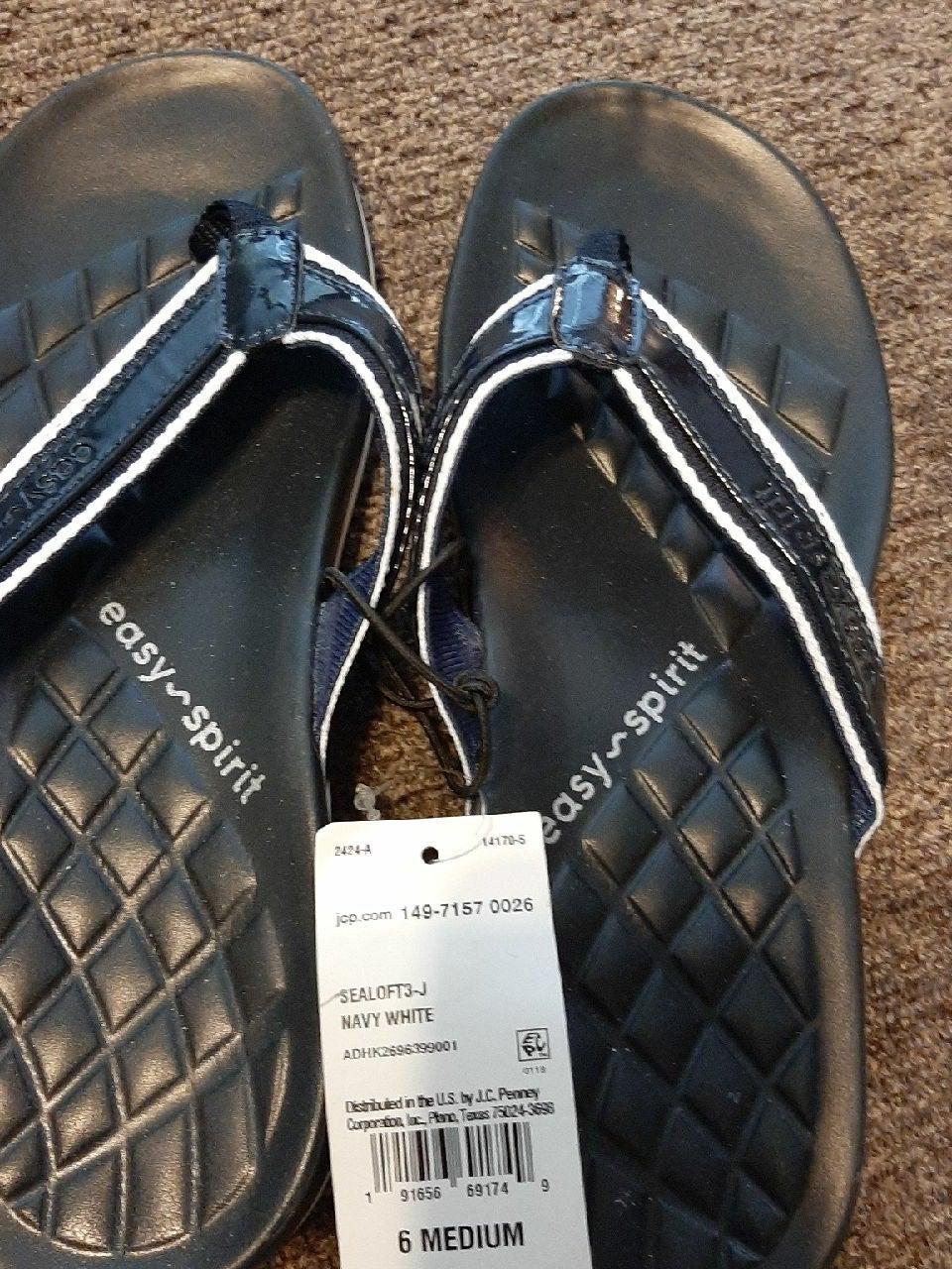 Easy spirit flip flops size6 New