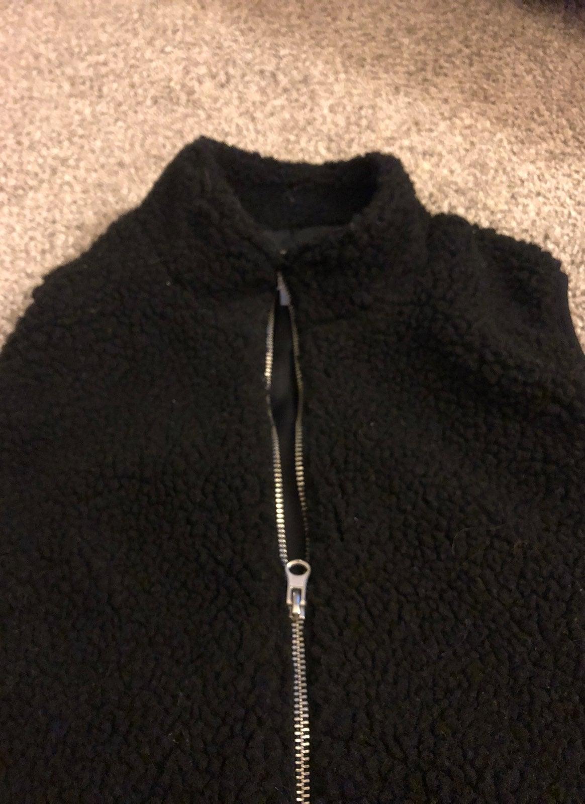 Sherpa Vest Size Small Black