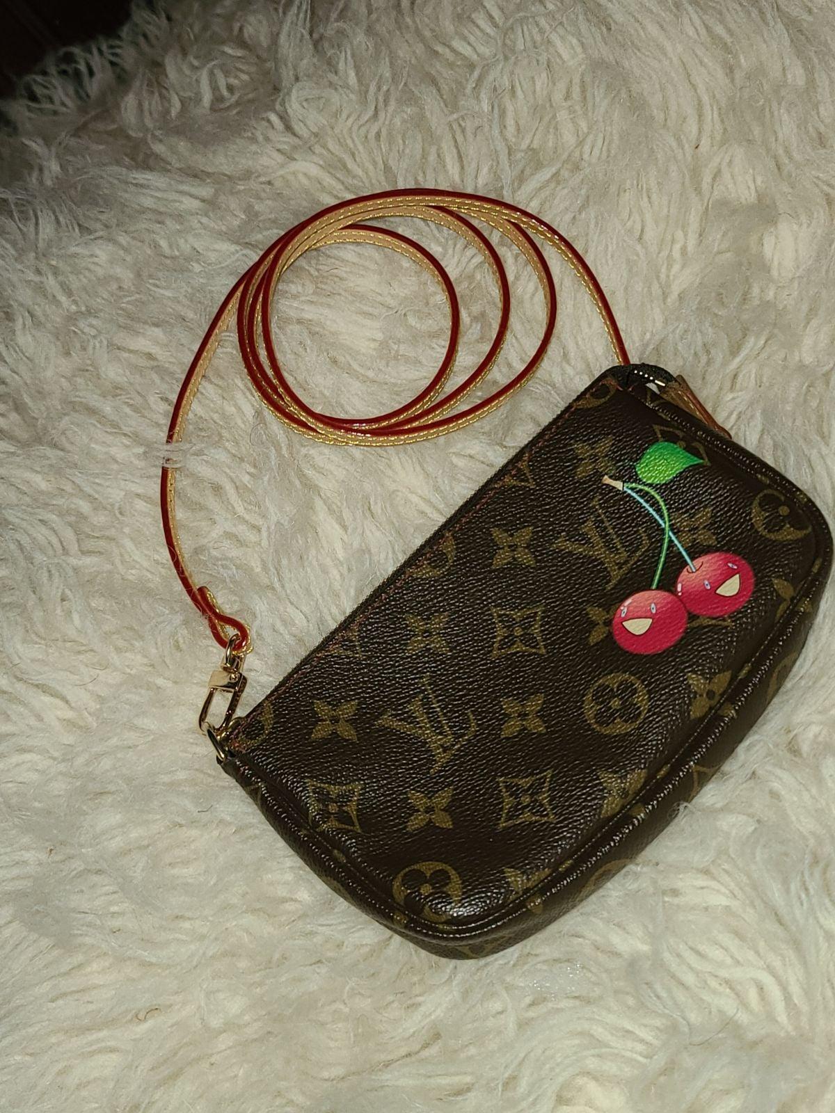Louis Vuitton Cerise Pochette