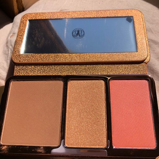 Off to costa rica face palette anastasia