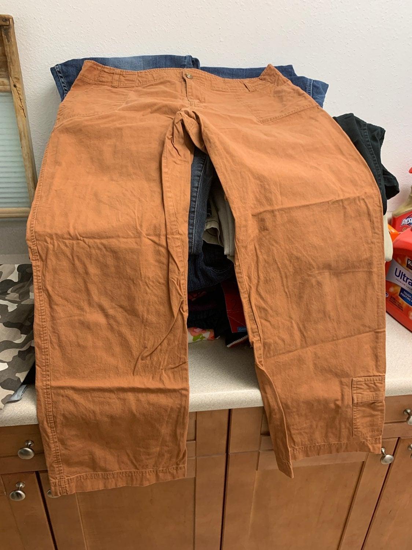 Cabelas casual pants size 18