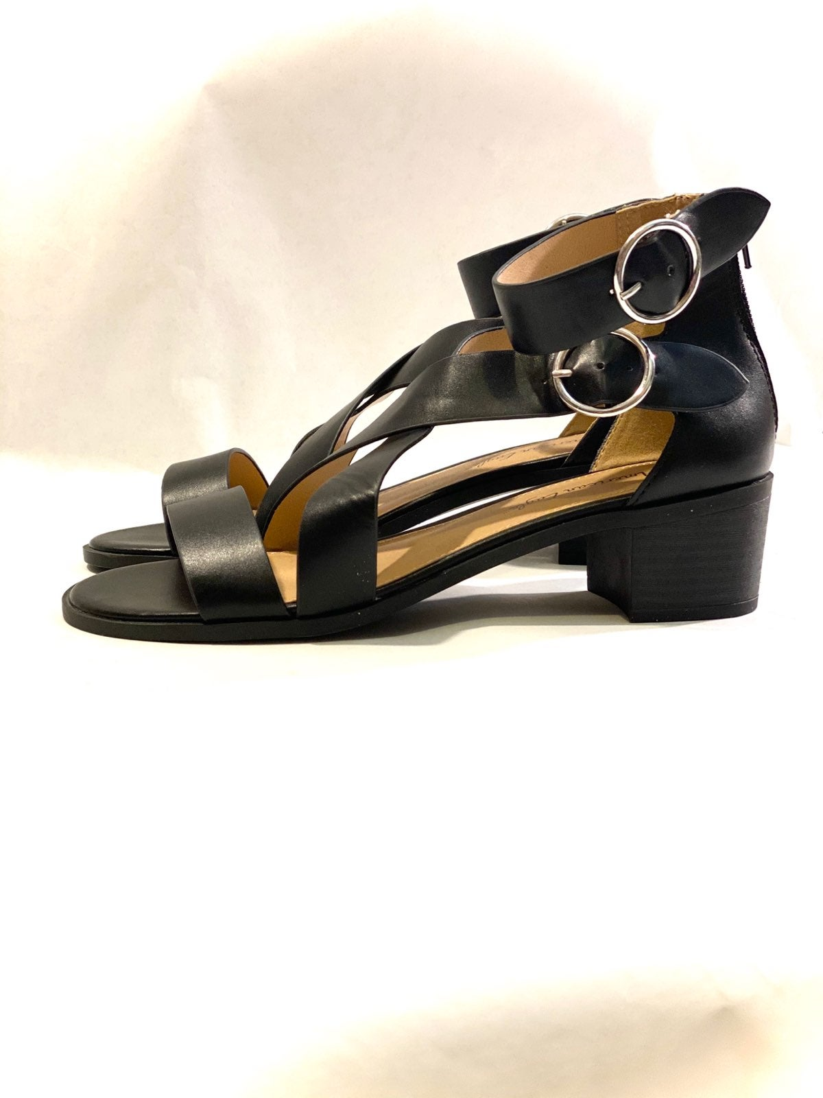 American EagleStrappy Chunky Heel