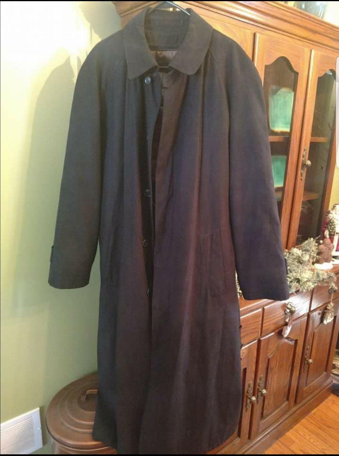 Bill blass vintage trench coat