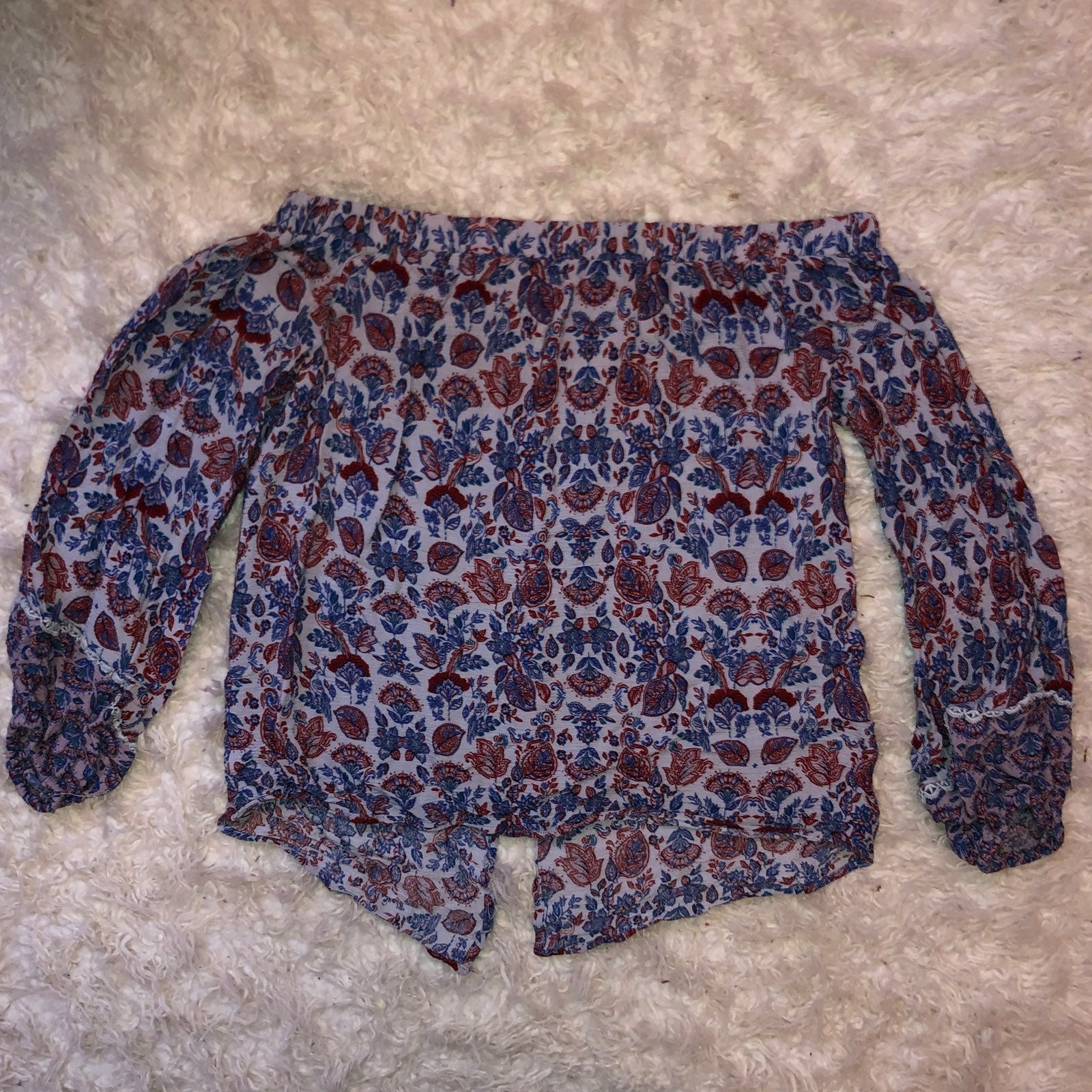 Womens Off the shoulder top size small