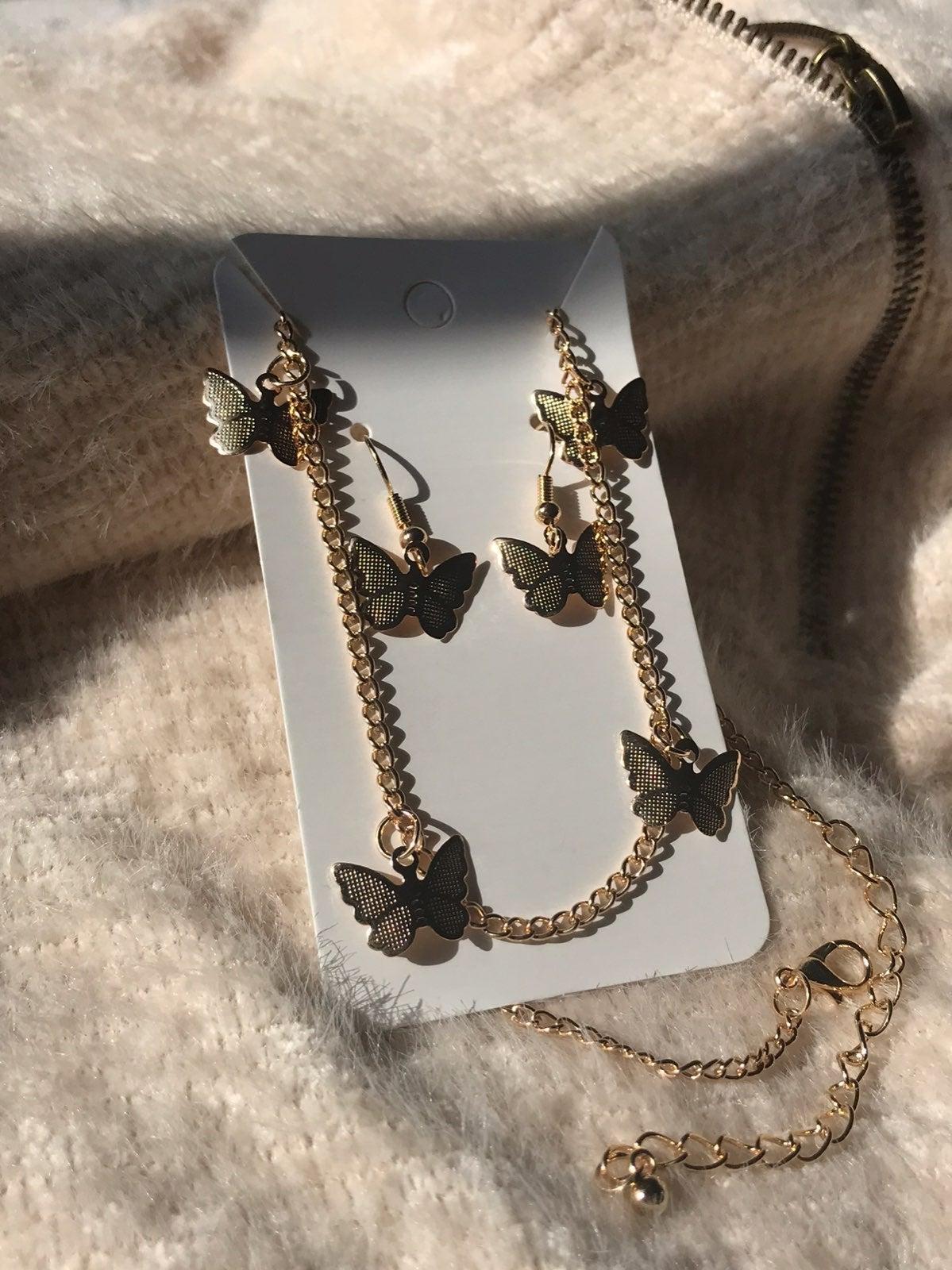 Butterfly Necklace Earring Set