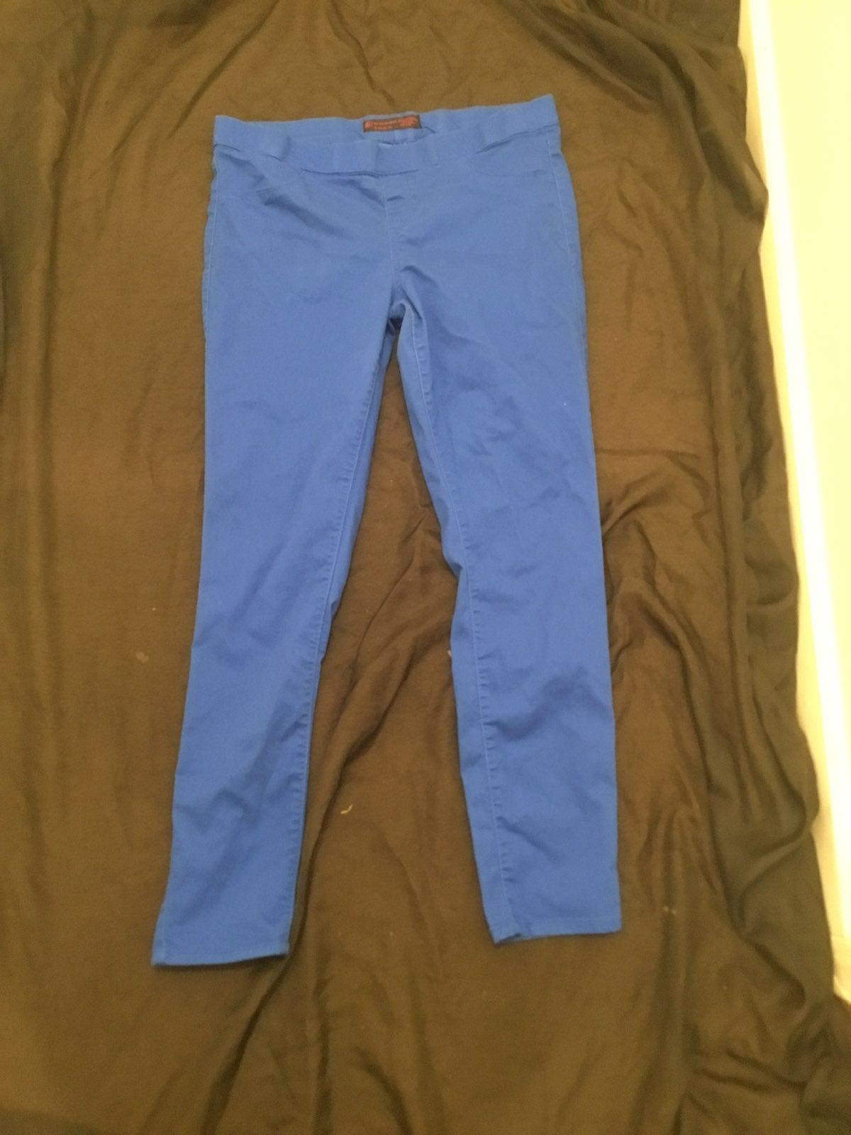 Blue pull on skinny pants