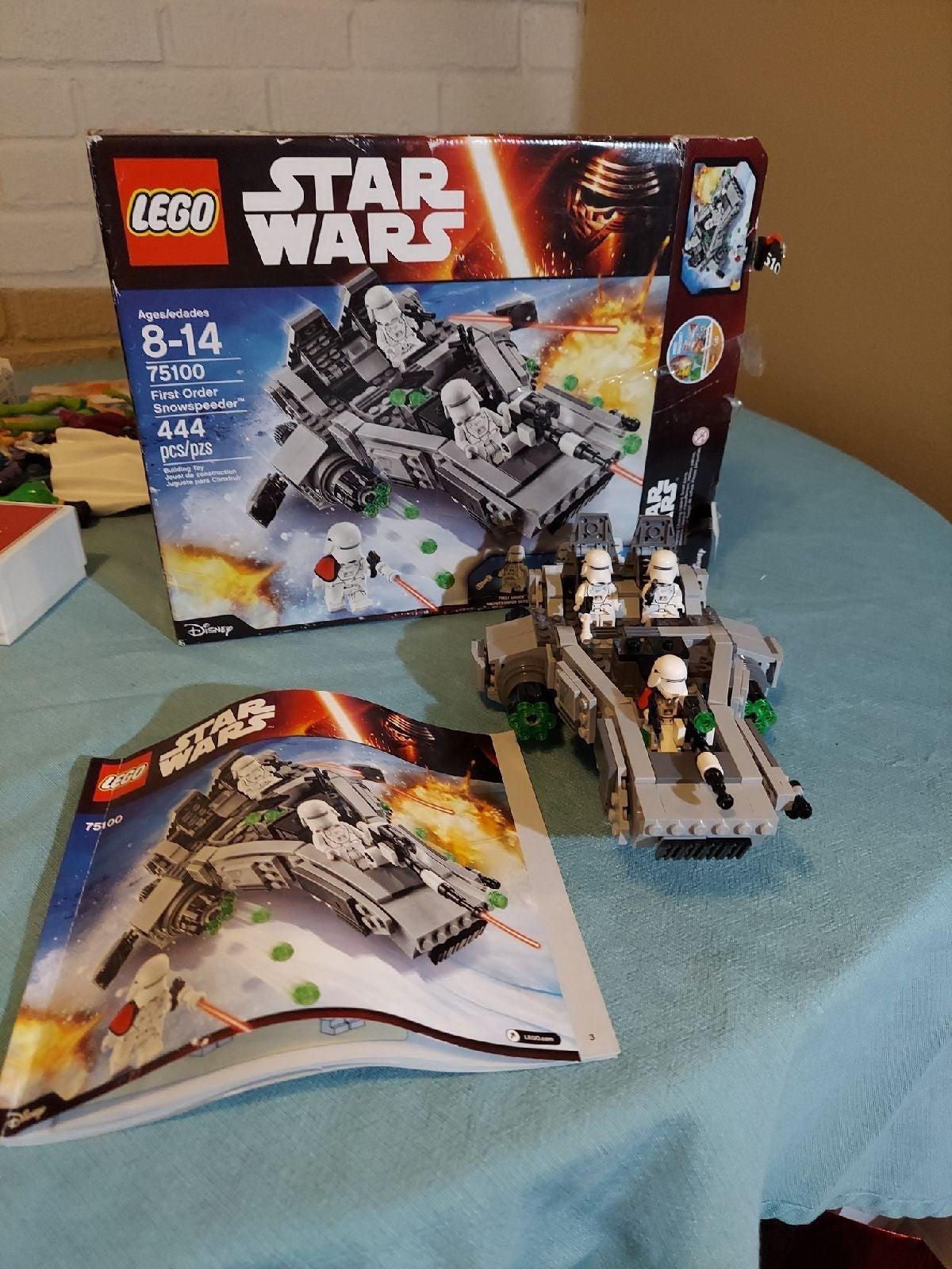 LEGO Star Wars First Order Transporter 7