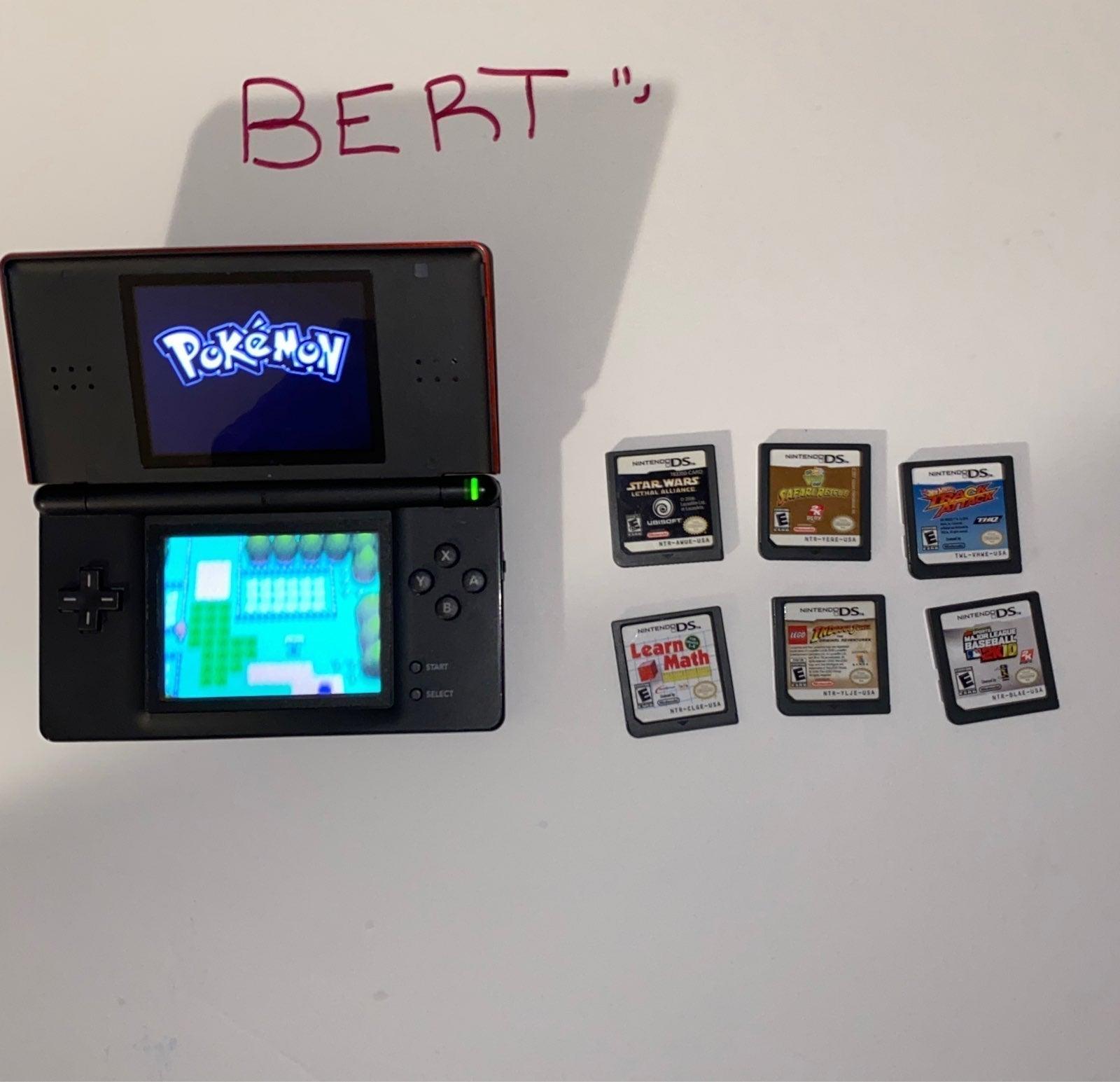 Nintendo DS Lite w/ Games