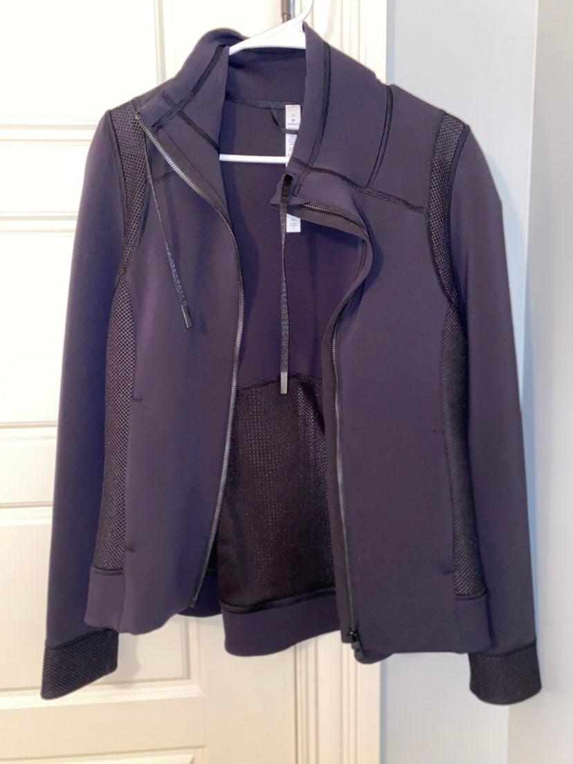 Lululemon hot mesh jacket