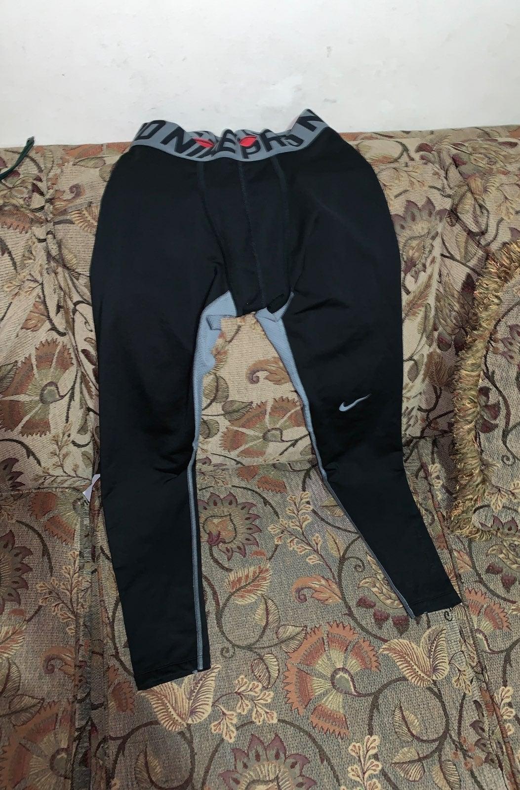 Nike Pro Size Large