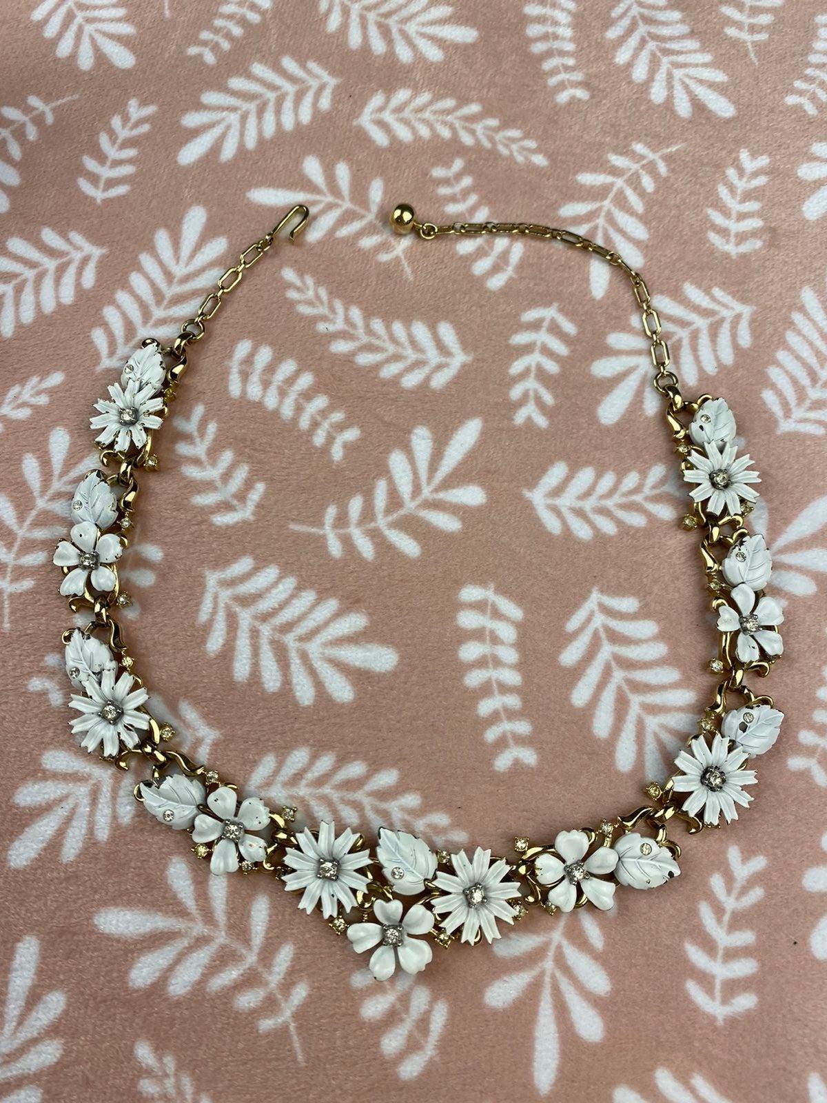 Vintage Trifari white enameled necklace