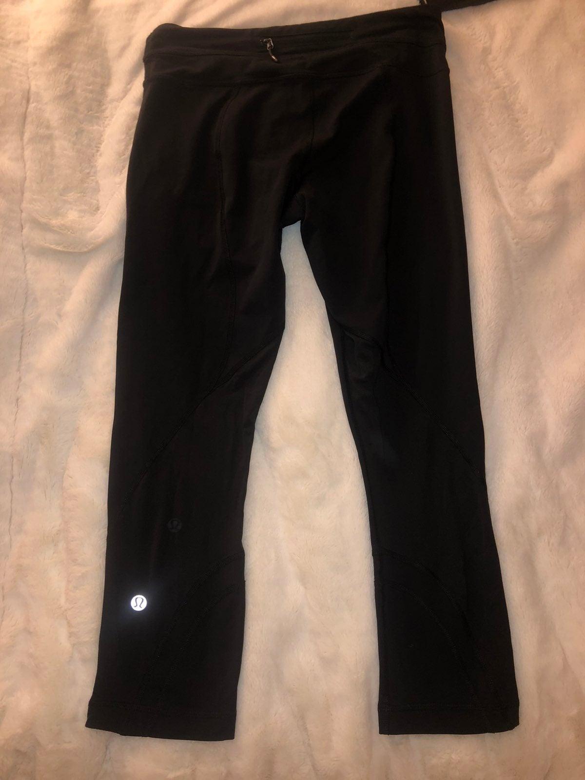 """lululemon Inspire Crop leggings 22"""" 6"""