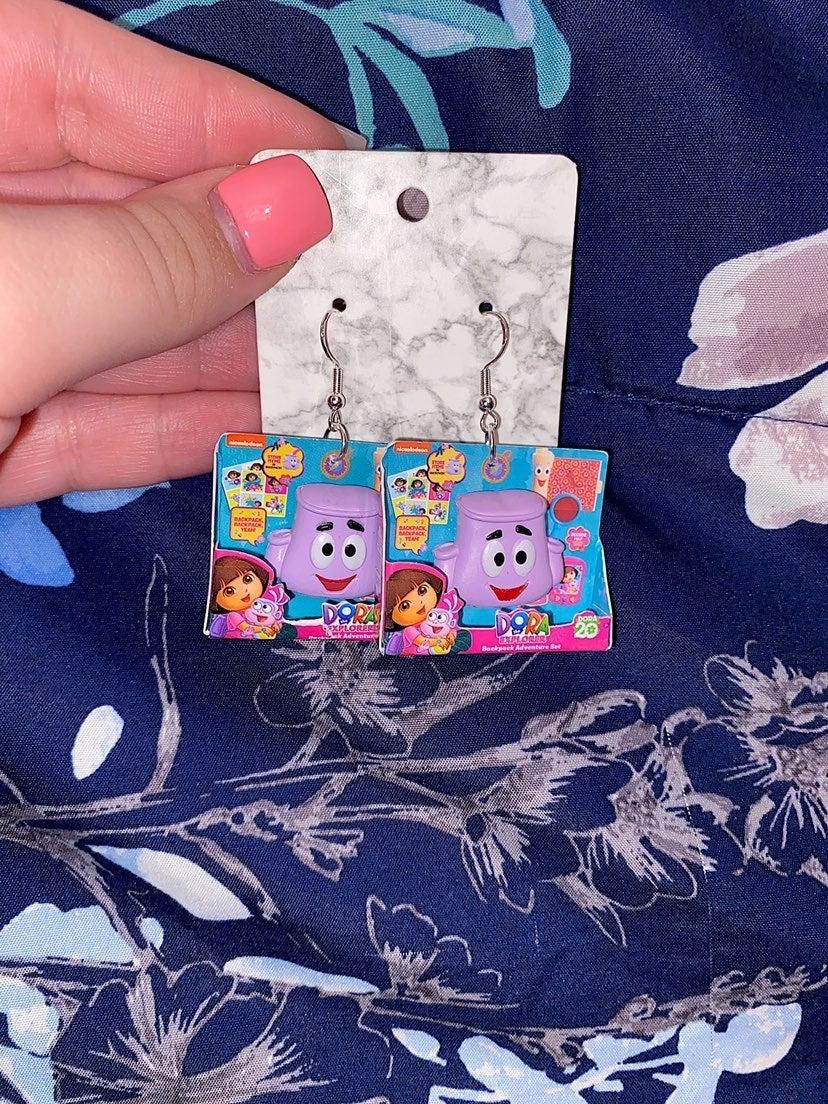 Toy Mini Brands Doras Backpack Earrings