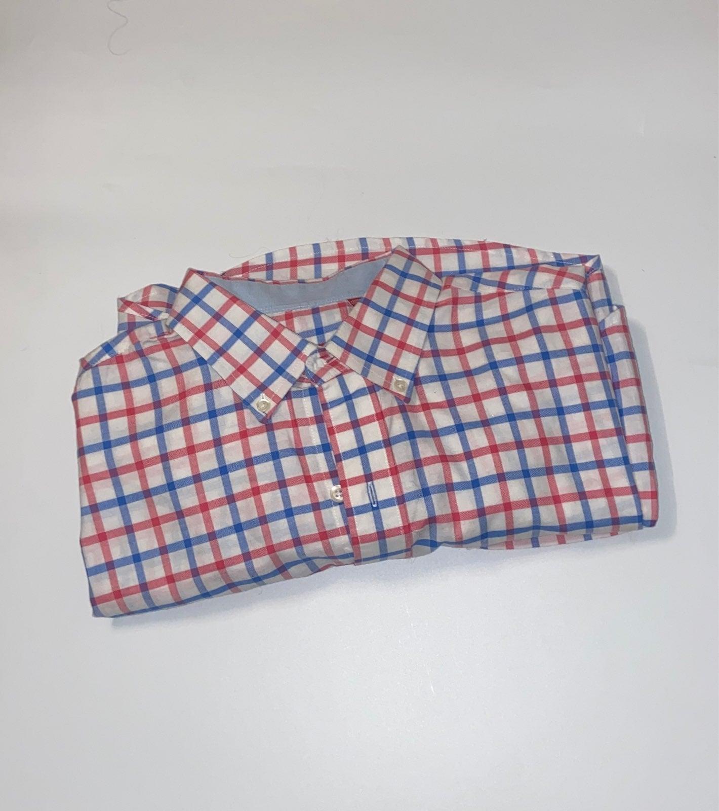 IZOD Men's Shirt Size Medium