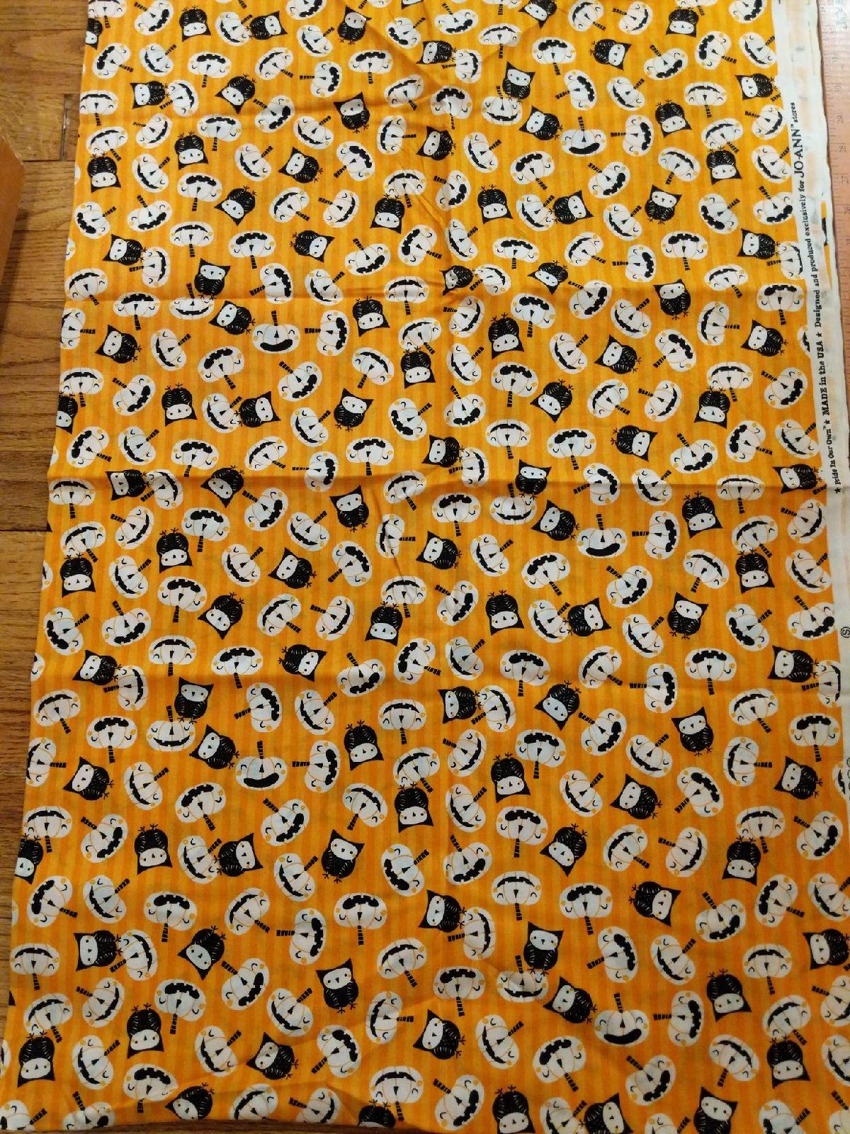 Halloween jack-o'-lantern fabric