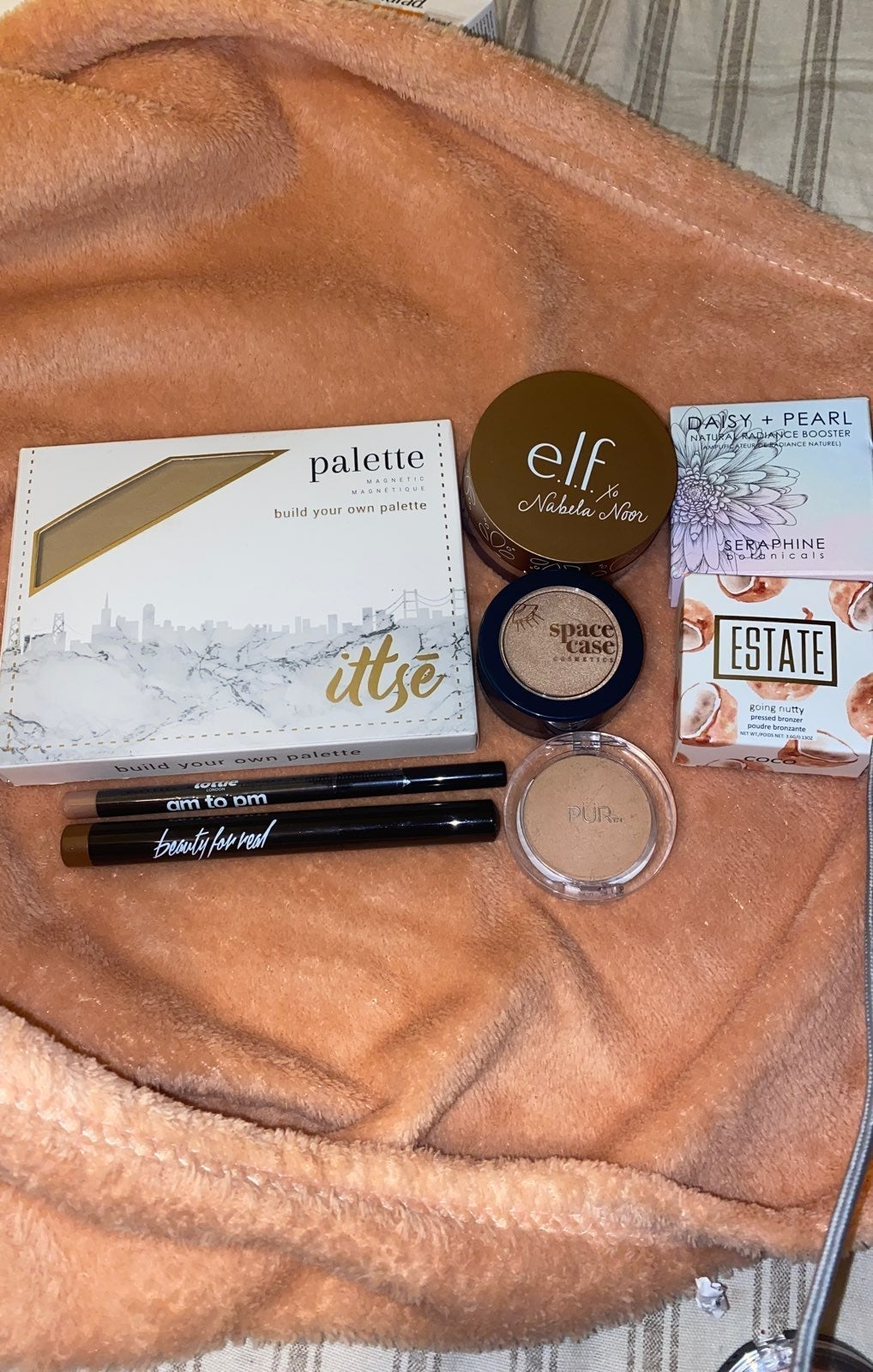 Gold Makeup Bundle
