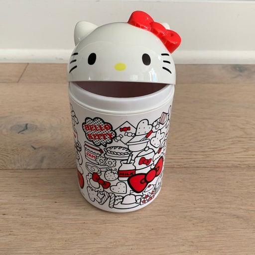 Hello Kitty Pen Holder 2012