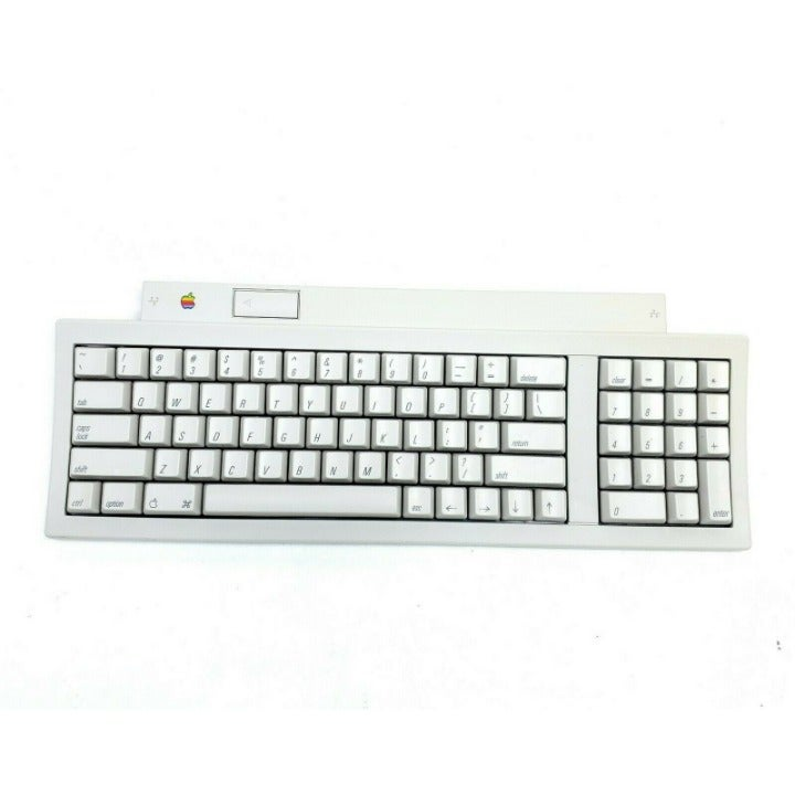 No Cord Vintage Apple Keyboard II M0487