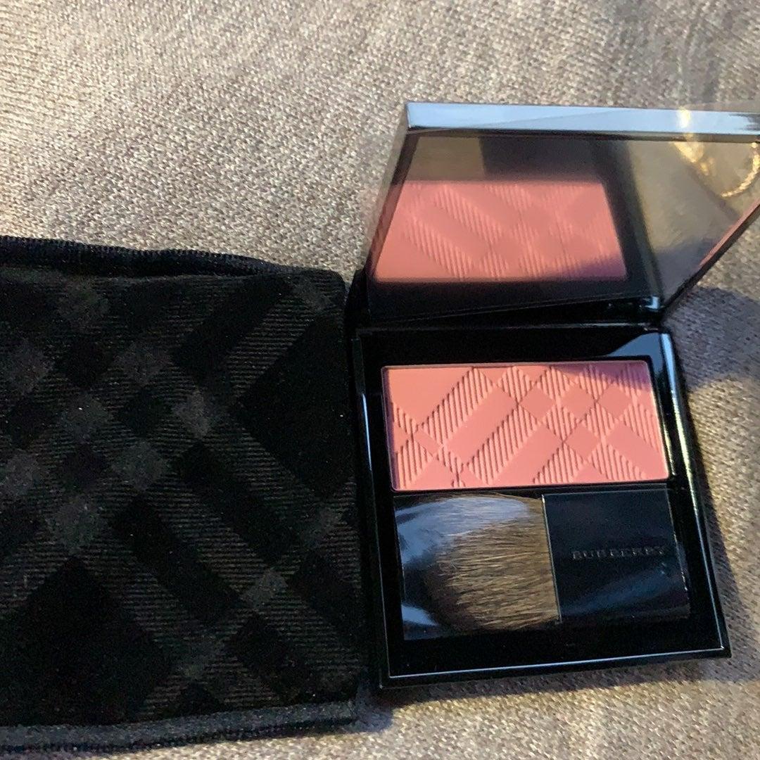 Burberry pink blush