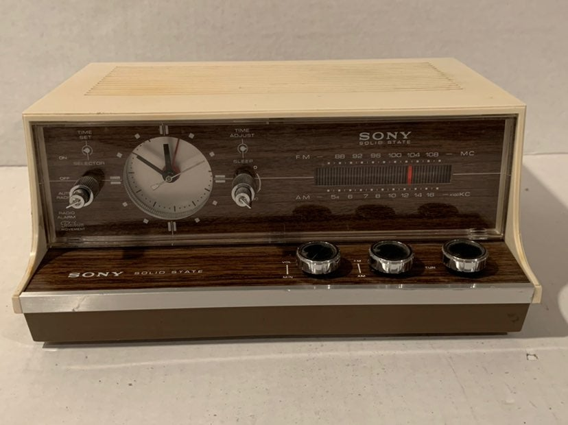 Vintage Sony Alarm Radio 8FC-53W
