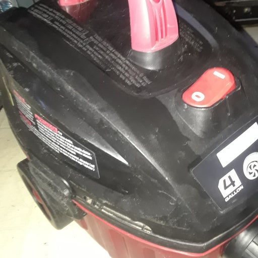 Craftsman 4 Gallon Wet and Dry Vac