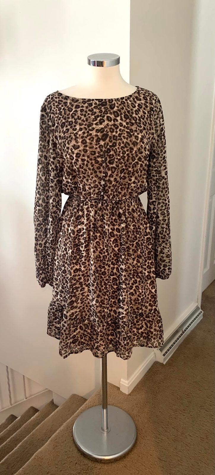 NWT Mia & Tess Leopard Dress