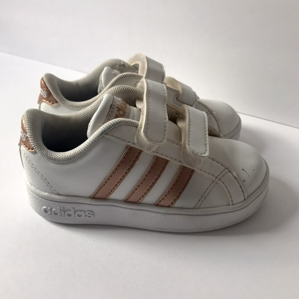 Adidas Toddler size 7K