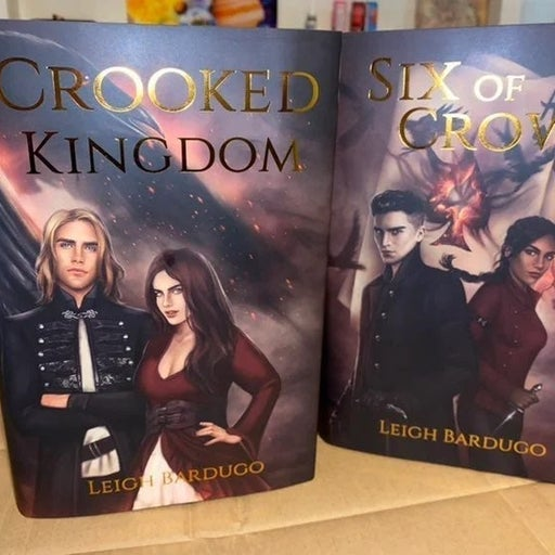 COLLECTORS EDITION SIX OF CROWS DUOLOGY ATOMD DUST JACKET