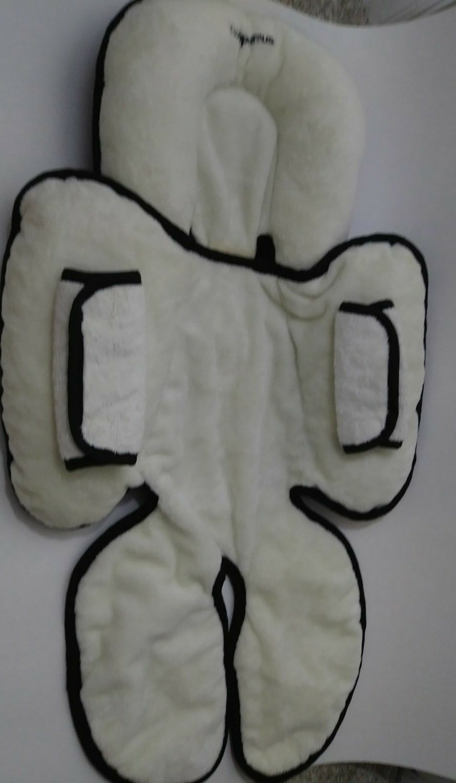 Kiddopotamus Snuzzler Car Seat Support