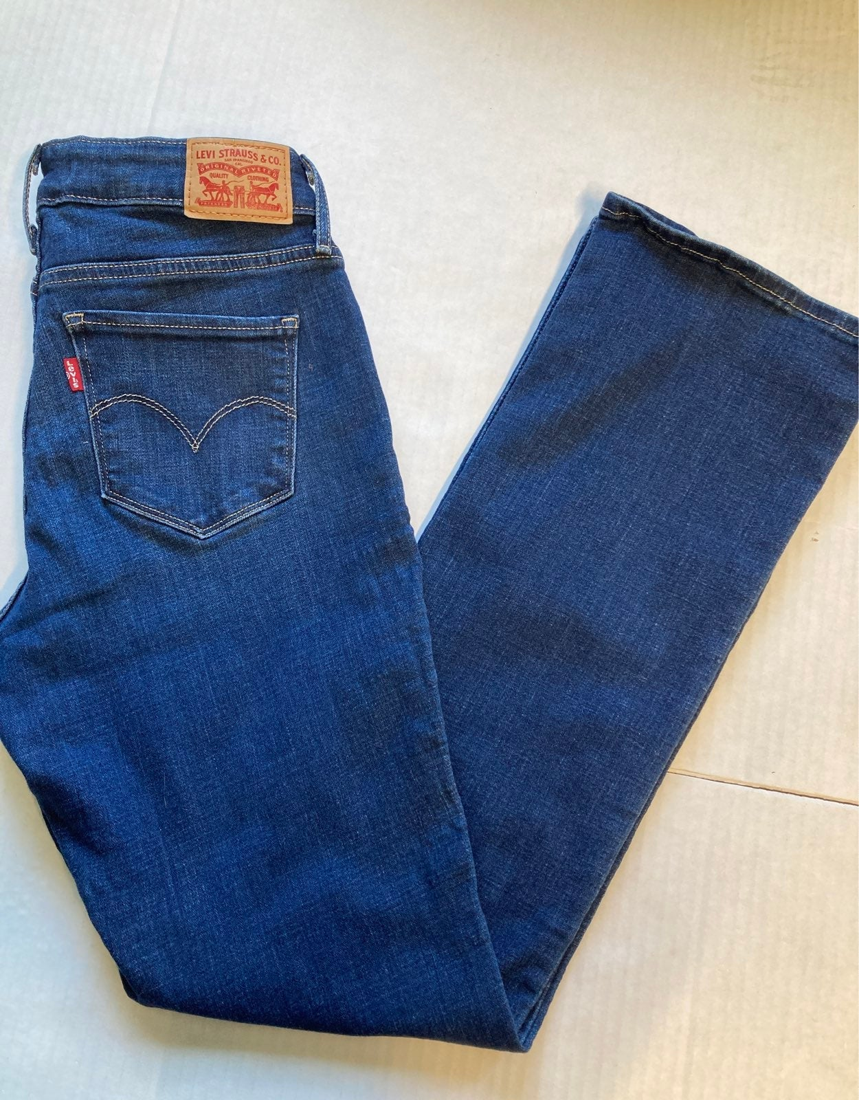 Levi's 815 Curvy Bootcut Jeans 28