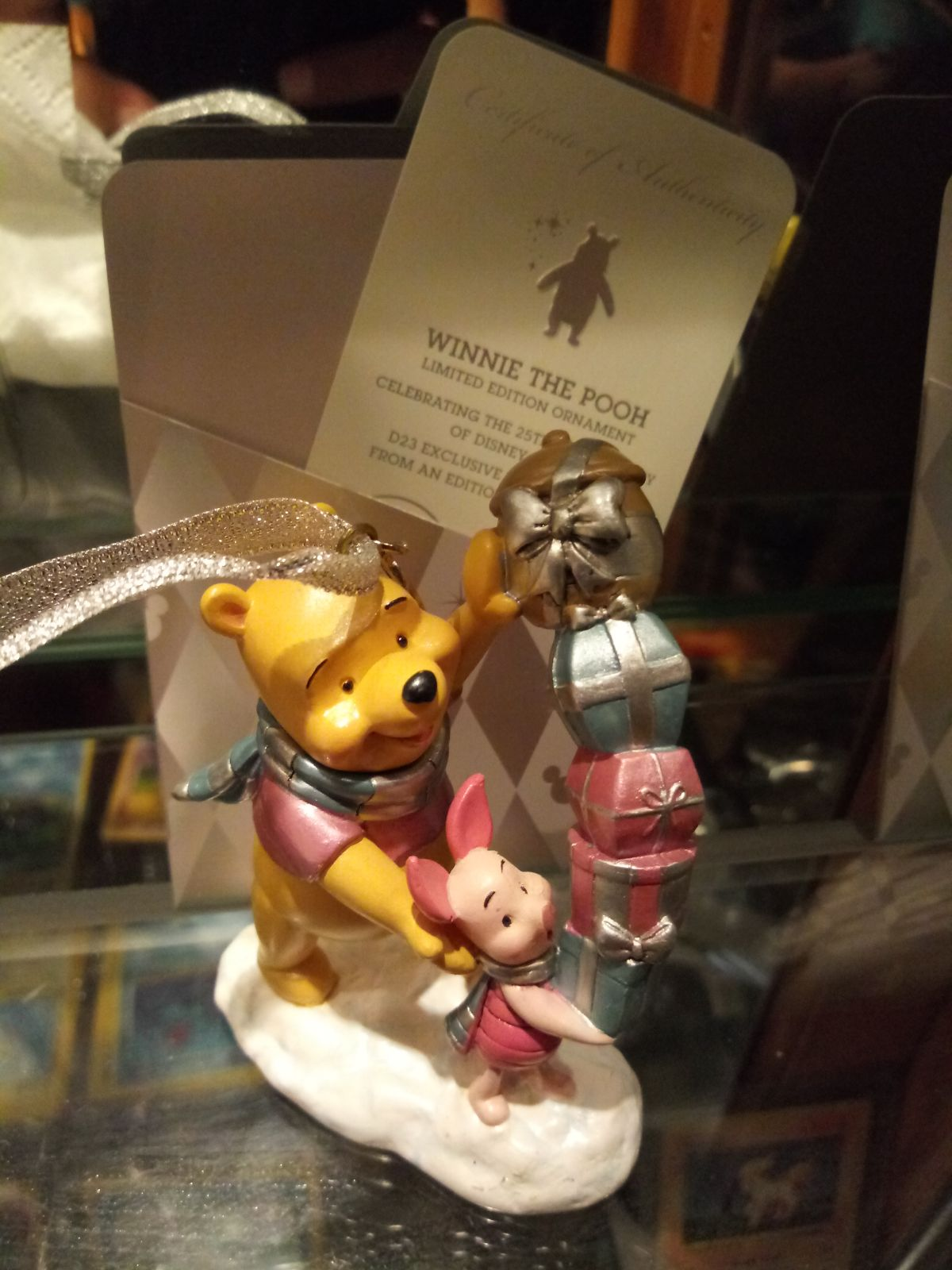 Diney winnie the pooh ornament