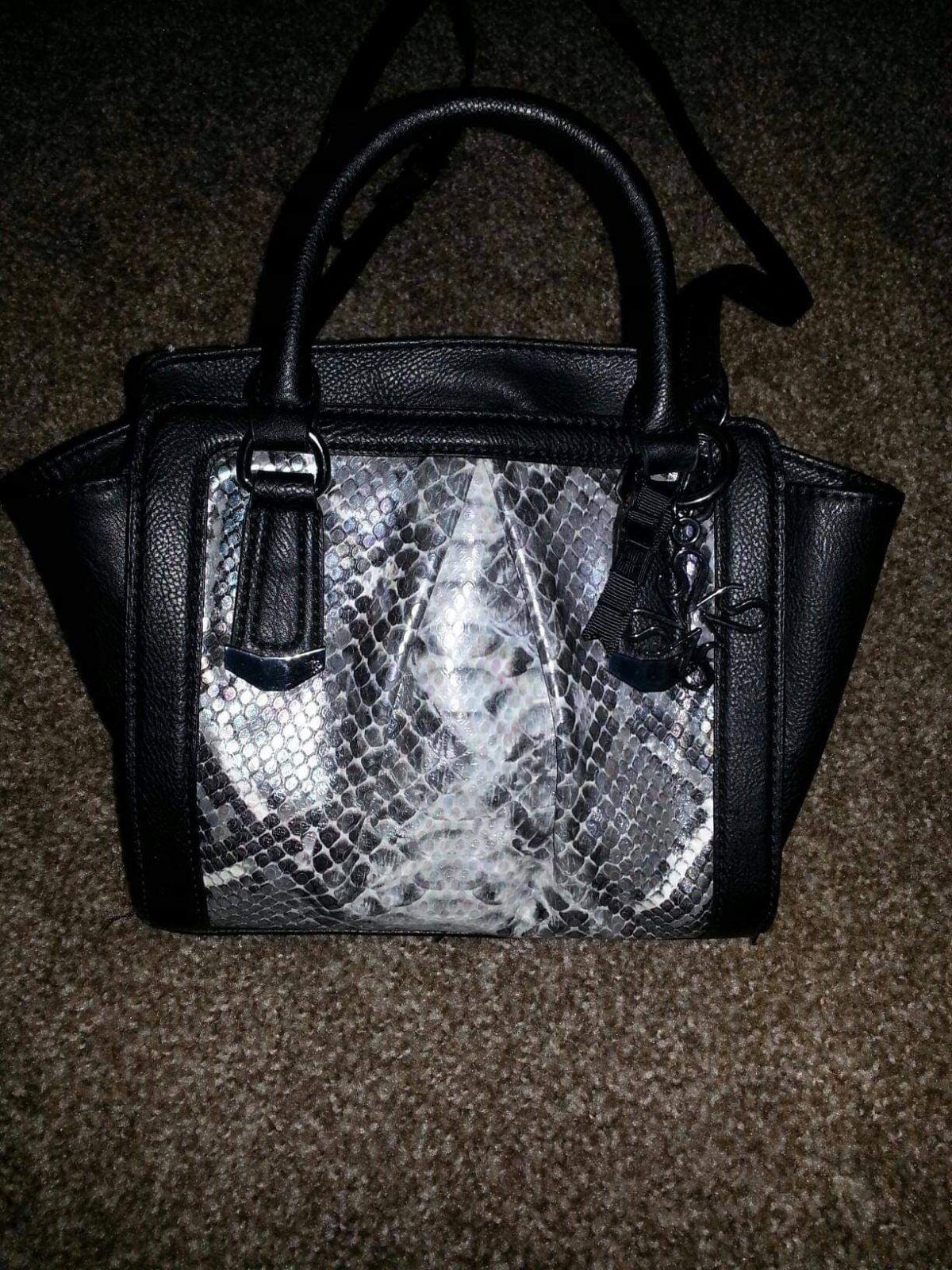 Vera Wang small purse
