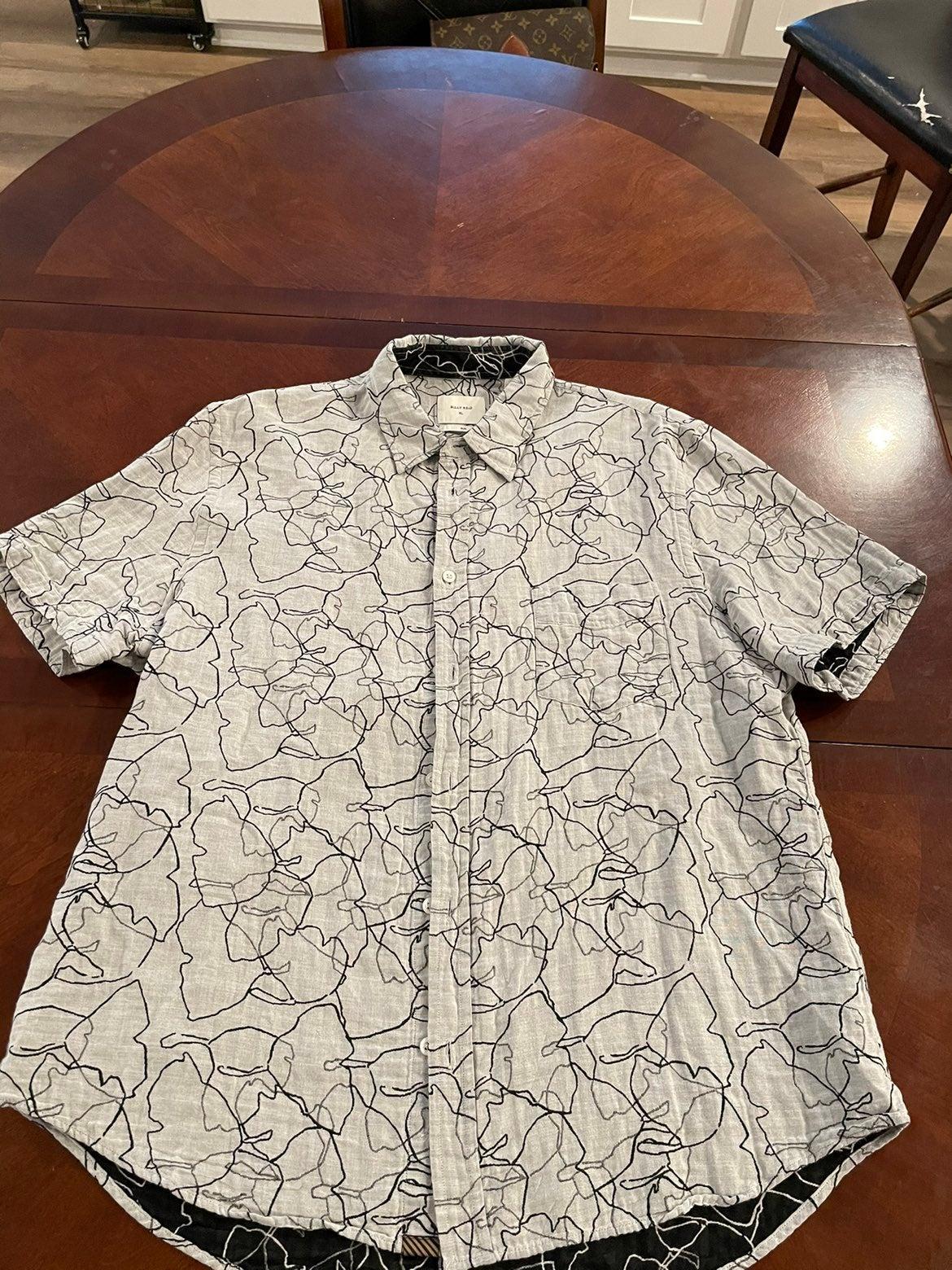 Short sleeve button down shirt for men