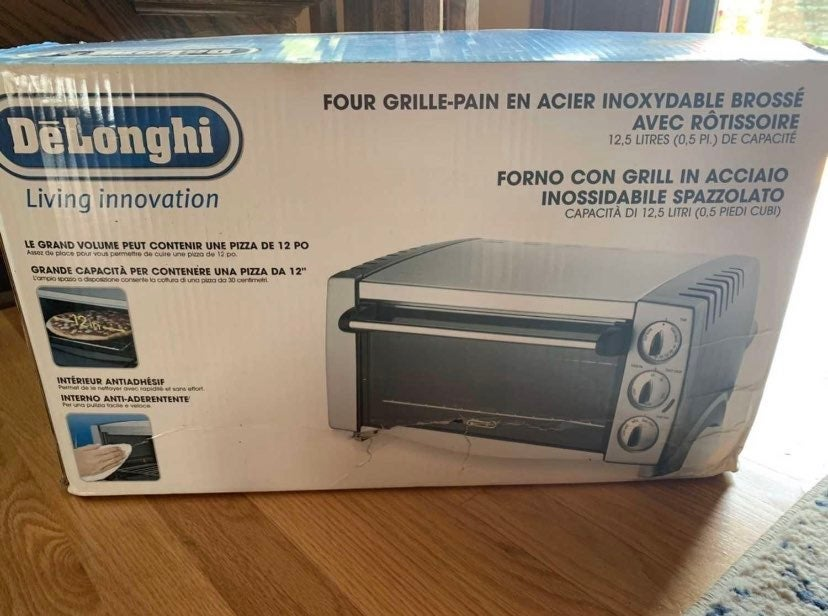 Brand new in box stainless steel DeLongh