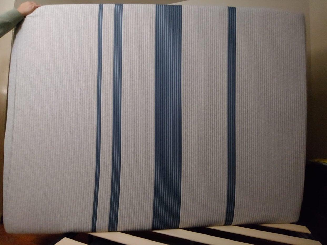 Mattress Queen Memory Foam. Brand New.