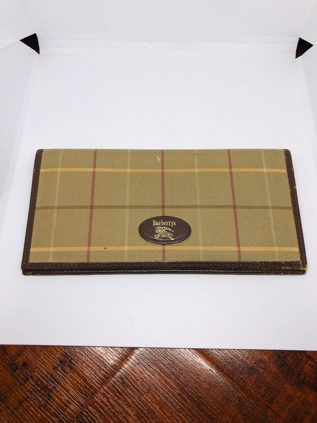 Burberry Long bi fold wallet