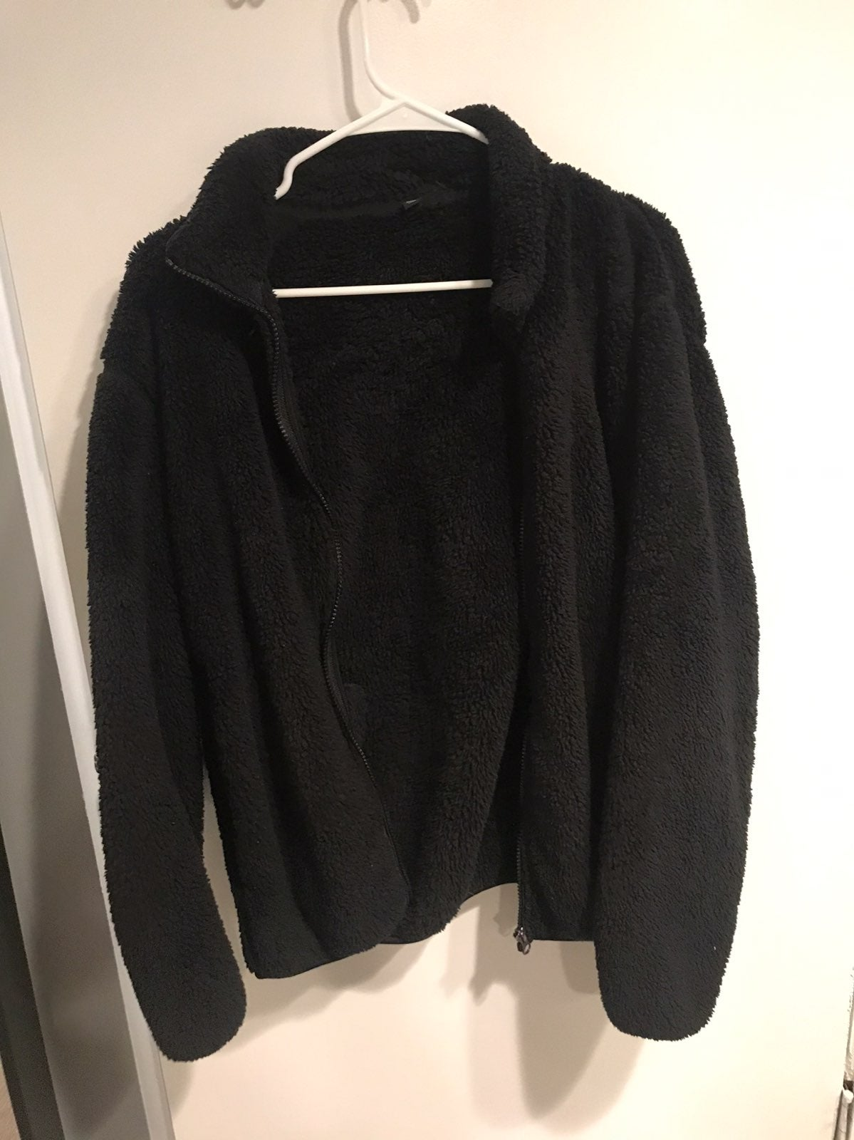 Uniqlo Zip Up Sweater
