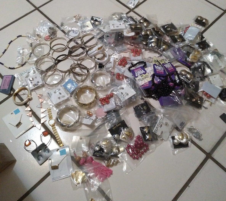 Custom jewelry bulk
